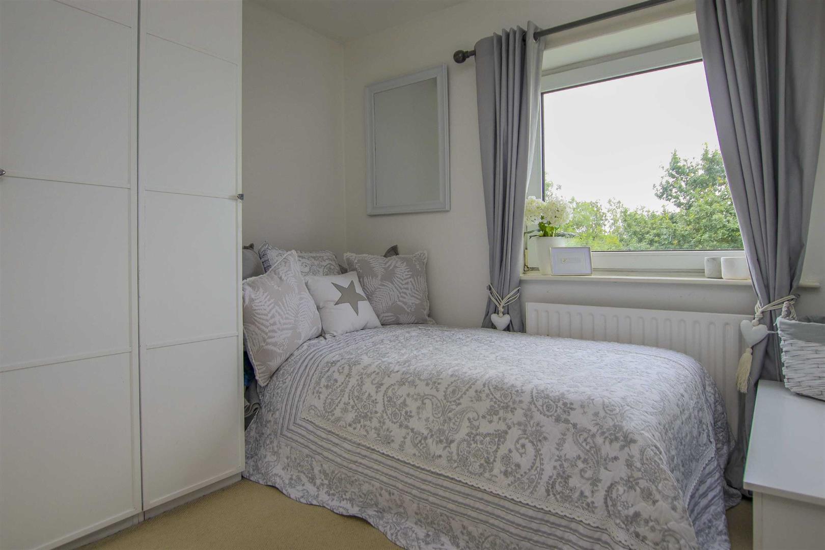 4 Bedroom Semi Detached Cottage For Sale - Image 10
